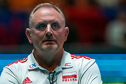 30-05-2019 NED: Volleyball Nations League Netherlands - Poland, Apeldoorn<br /> Coach Jacek Nawrocki