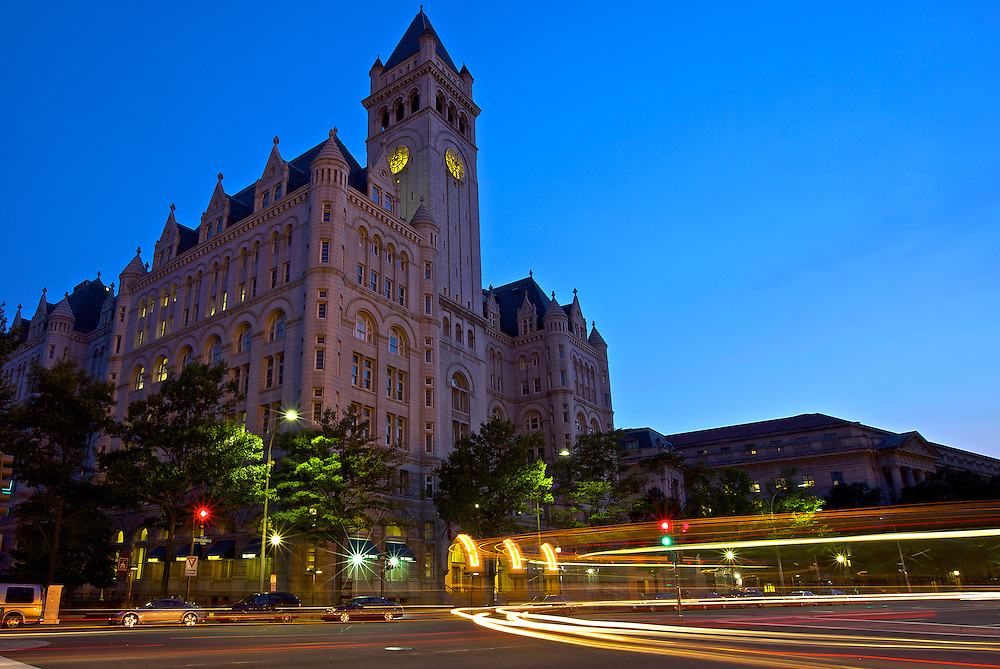 When completed in 1899, the post office was the largest office building and first building incorporating a steel frame in Washington. Today it is the third tallest structure in DC and is used for retail and office space. Visitors can view the Bells of Congress, replicas of those at Westminster Abbey and the official bells of the United States Congress.