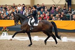 Haazen Jeanette (NED) - Nartan<br /> KNHS Indoorkampioenschappen 2010<br /> © Hippo Foto - Leanjo de Koster