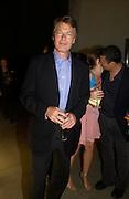 Richard Johnson. Karl Largerfeld hosts the launch of Dom Perignon Vintage 1998. Skylight Studios. 275 Hudson St. New York. 2 June 2005. ONE TIME USE ONLY - DO NOT ARCHIVE  © Copyright Photograph by Dafydd Jones 66 Stockwell Park Rd. London SW9 0DA Tel 020 7733 0108 www.dafjones.com