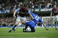 Photo: Marc Atkins.<br /> Chelsea v Aston Villa. Carling Cup. 08/11/2006.<br /> Gareth Barry of Villa in action with Michael Ballack.