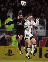 Fotball , 6. desember 2005 , Champions League , Lyon - Rosenborg  2-1,  Bjørn Tore Kvarme , Rosenborg og Hatem Ben Arfa , Lyon