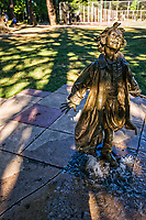 Statue of Ramona Quimby (from Beverly Cleary children's novels), Grant Park