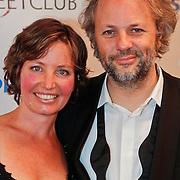 NLD/Amsterdam/20101115 - Premiere De Eetclub, Robertjan Westdijk en partner