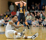 Lorain vs St. Ignatius boys varsity basketball on March 13, 2015. Images © David Richard and may not be copied, posted, published or printed without permission.