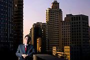 Belo Horizonte _ MG, 22 Agosto de 2007..Revista Epoca - Fernando Pimentel..Retrato do Prefeito de Belo Horizonte, Farnando Damata Pimentel, do PT, em seu gabinete na prefeitura...FOTO: LEO DRUMOND / AGENCIA NITRO
