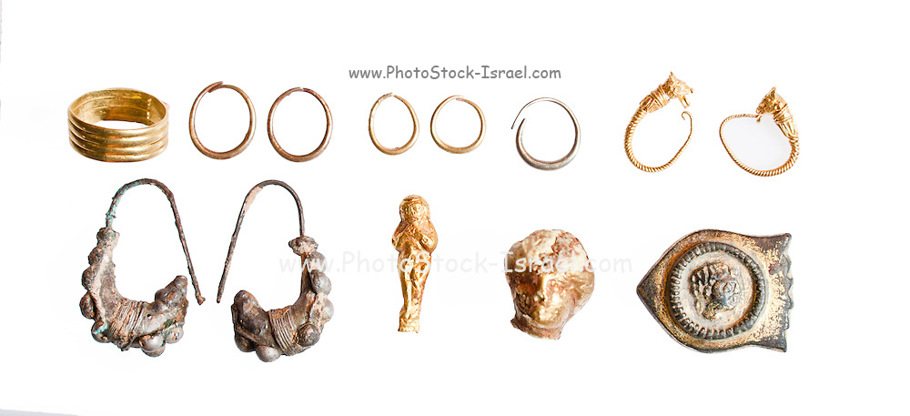 Various Canaanite and Iron Age Jewellery rings and earrings