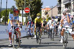 La Tour Du Pin Isere; le 15/09/2020 : Le slovene ROGLIC Primoz TEAM JUMBO - VISMA maillot Jaune au depart de la 16 eme etape du tour de France entre La Tour du Pin et Villard De Lans Isere.//ALLILIMOURAD_1750.1509/2009161603/Credit:ALLILI MOURAD/SIPA/2009161604 / Sportida