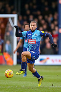 Wycombe Wanderers midfielder Curtis Thompson(18) on the ball during the EFL Sky Bet League 1 match between Luton Town and Wycombe Wanderers at Kenilworth Road, Luton, England on 9 February 2019.