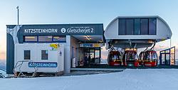 THEMENBILD, Bergstation des Gletscherjet 2 Liftes bei Sonnenuntergang, aufgenommen am 18.05.2017, Kitzsteinhorn, Kaprun, Österreich // Mountain station of the glacier jet 2 lift at sunset at the Kitzsteinhorn Glacier in Kaprun, Austria on 2017/05/18. EXPA Pictures © 2017, PhotoCredit: EXPA/ JFK