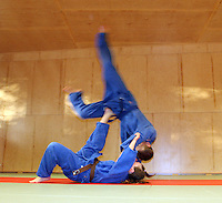 Judokast, judo throw, Tomoe Nage