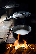 Abaete_MG, Brasil...Fogao de lenha de uma casa em Abaete, Minas Gerais...A firewood stove in a house in Abaete, Minas Gerais...Foto: JOAO MARCOS ROSA / NITRO