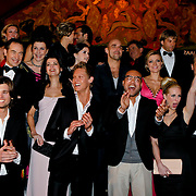 NLD/Amsterdam/20100304 - Premiere 4000ste aflevering Goede Tijden Slechte Tijden, groepsfoto van alle huidige castleden