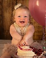 Edie's 1st Birthday Cake Smash
