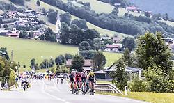 11.07.2019, Kitzbühel, AUT, Ö-Tour, Österreich Radrundfahrt, 5. Etappe, von Bruck an der Glocknerstraße nach Kitzbühel (161,9 km), im Bild Spitzengruppe bei Piesendorf // Spitzengruppe bei Piesendorf during 5th stage from Bruck an der Glocknerstraße to Kitzbühel (161,9 km) of the 2019 Tour of Austria. Kitzbühel, Austria on 2019/07/11. EXPA Pictures © 2019, PhotoCredit: EXPA/ JFK