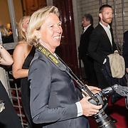 NLD/Amsterdam/20160929 - VIP opening 90 Jaar Marilyn, Janiek Dam, dochter Cees Dam