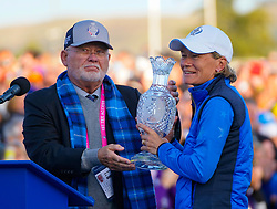 Auchterarder, Scotland, UK. 15 September 2019. Team Europe victorious at 2019 Solheim Cup on Centenary Course at Gleneagles. Pictured; John Solheim presents Europe Team Captain Catriona Matthew with the Solheim Cup. Iain Masterton/Alamy Live News