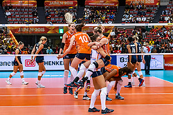15-10-2018 JPN: World Championship Volleyball Women day 16, Nagoya<br /> Netherlands - USA 3-2 / Laura Dijkema #14 of Netherlands, Lonneke Sloetjes #10 of Netherlands, Myrthe Schoot #9 of Netherlands, Maret Balkestein-Grothues #6 of Netherlands, Celeste Plak #4 of Netherlands
