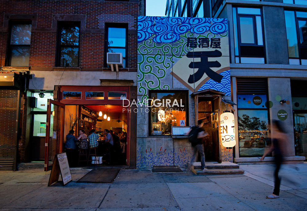 Editorial Travel Photography: Facade of a japanese restaurant in chelsea district, Manhattan, New York City, NYC, USA