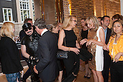 PETER MARINO; YVES CARCELLE; JERRY HALL, Louis Vuitton openingof New Bond Street Maison. London. 25 May 2010. -DO NOT ARCHIVE-© Copyright Photograph by Dafydd Jones. 248 Clapham Rd. London SW9 0PZ. Tel 0207 820 0771. www.dafjones.com.