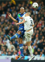 12.04.2016, Estadio Santiago Bernabeu, Madrid, ESP, UEFA CL, Real Madrid vs VfL Wolfsburg, Viertelfinale, Rueckspiel, im Bild Real Madrid's Pepe (r) and WfL Wolfsburg's Naldo // during the UEFA Champions League Quaterfinal, 2nd Leg match between Real Madrid and VfL Wolfsburg at the Estadio Santiago Bernabeu in Madrid, Spain on 2016/04/12. EXPA Pictures © 2016, PhotoCredit: EXPA/ Alterphotos/ Acero<br /> <br /> *****ATTENTION - OUT of ESP, SUI*****