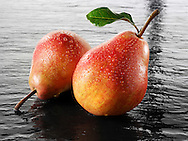 Fresh pears whole with leaves