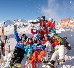 26-01-2017 AUT: BvdGF wintersportkamp dag 2, Obertauern<br /> Het 7de jaar wintersportkamp van de BvdGF is verhuisd naar Obertauern. Prachtige pistes, geweldig jeugdhotel en fantastisch weer maakt er weer een onvergetelijk kamp van / Begeleiding winterkamp 2017