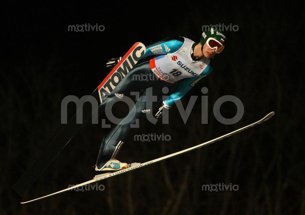 Sapporo , 240207 , Nordische Ski Weltmeisterschaft  Skispringen Grosschanze ,  Ilja ROSLIAKOV (RUS)
