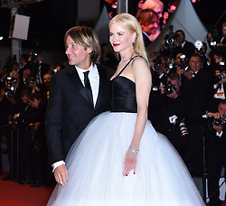 CANNES, FRANCE - MAY 22: Australian actress Nicole Kidman (R) and her husband singer Keith Urban leave after the premiere of the film 'The Killing of a Sacred Deer' in competition at the 70th annual Cannes Film Festival in Cannes, France on May 22, 2017.  Mustafa Yalcin / Anadolu Agency    BRAA20170523_037 Cannes France