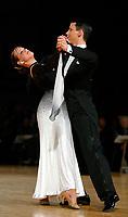 Drammen 0604203 NM i Dans i Konnerudhallen. Standarddanser. Alexander E. Halleland og Anette Stokke<br /> <br /> Foto: Digitalsport