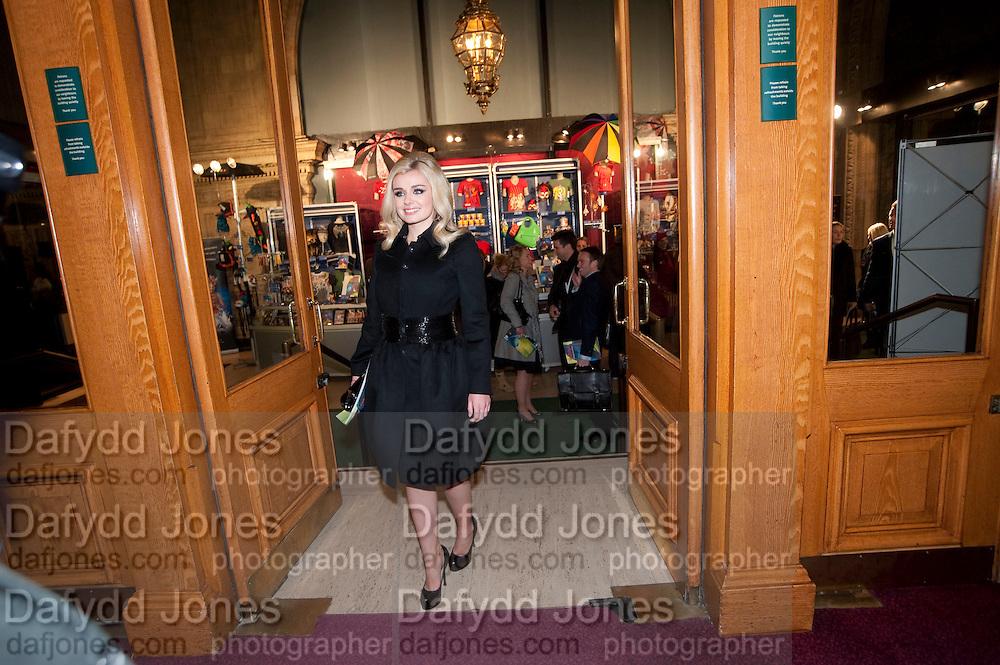 KATHERINE JENKINS, CIRQUE DU SOLEIL LONDON PREMIERE OF VAREKAI. Royal albert Hall. 5 January 2009