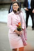 Koninginnedag 2008 / Queensday 2008. <br /> <br /> Koningin Beatrix viert Koninginnedag dit jaar in Friesland. De vorstin en haar familie bezochten op 30 april Makkum en Franeker.<br /> <br /> Queen Beatrix celebrates Queensday this year in Friesland (the Nothren provice in Holland). The Queen and its family visited Makkum and Franeker on 30 April.<br /> <br /> Op de foto/ On the Photo:<br /> <br /> Princes Anita