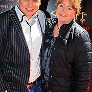 NLD/Amsterdam/20101103- Filmpremiere Sint de film, Harold Verwoert en partner Louisa