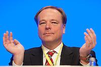 17 JAN 2009, BERLIN/GERMANY:<br /> Dirk Niebel, FDP Gneralsekretaer, Europaparteitag der FDP, Estrel Convention Center<br /> IMAGE: 20090117-01-021<br /> KEYWORDS: party congress, Applaus, applaudieren, klatscht, klatschen