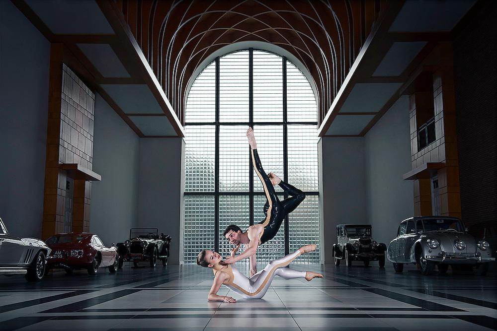 Dans in Den Haag   Louman Museum
