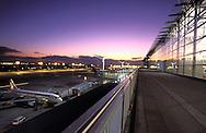DEU, Germany, Hesse, Frankfurt, Airport Frankfurt, runway in front of the Terminal 2.....DEU, Deutschland, Hessen, Frankfurt am Main, Flughafen, Rollfeld vor dem Terminal 2.........