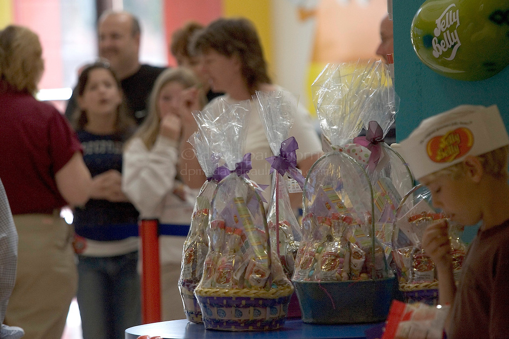 FAIRFIELD, CA - APRIL 2: Workers work on the assembly line at the Jelly Belly Factory on April 2, 2007 in Fairfield, California.   (Photo by David Paul Morris/Getty Images)