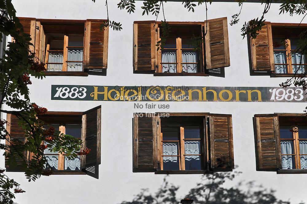 Suisse, Canton du Valais, Vallée de la Binntal ou Vallée de Binn, village de Binn, hôtel au label Swiss historic hotel : Hôtel Oenhorn   // Switzerland, Valais canton, Binntal Valley, Binn village, Ofenhorn Hotel at Swiss historic hotel label