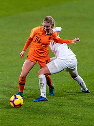 09-11-2018 NED: UEFA WC play-off final Netherlands - Switzerland, Utrecht<br /> European qualifying for the 2019 FIFA Women's World Cup - / Jacky Groenen #14 of Netherlands