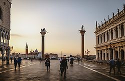 THEMENBILD - am Markusplatz (Piazza San Marco), aufgenommen am 05. Oktober 2019 in Venedig, Italien // at the Piazza San Marco in Venice, Italy on 2019/10/05. EXPA Pictures © 2019, PhotoCredit: EXPA/ JFK