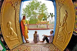 Phnom Sampeau Pagoda