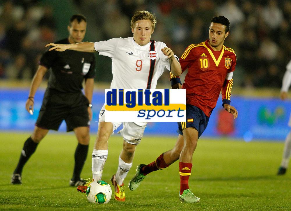 Spain's Thiago Alcantara (r) and Norway's Svensson during international sub21 match.March 21,2013. (ALTERPHOTOS/Acero)