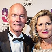 NLD/Hilversum/20160215 - Buma Awards 2016, Ferdi Bolland en partner Marion Mulder