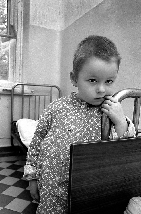 Tsimbalina Hospital For Abandoned Children. Nevskii Rayon Area<br /> <br /> Children spend 24 hours in quarantine to check for disease. They can stay in hospital for up to 6 months then move into children's home.<br /> St Petersburg, Russia, 1994