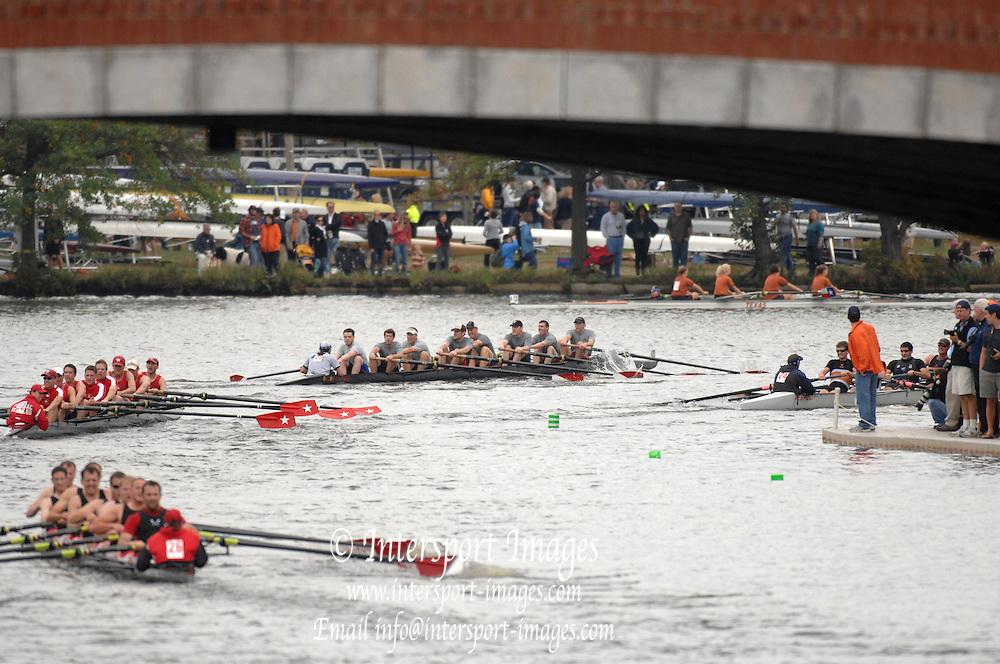 Boston, USA, Club Men's eights,   passing under Eliot Bridge.   Head of the Charles, Race Charles River,  Cambridge,  Massachusetts. Saturday  20/10/2007 [Mandatory Credit Peter Spurrier/Intersport Images]..... , Rowing Course; Charles River. Boston. USA