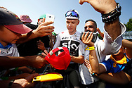 Christopher Froome (GBR - Team Sky) Fans, autograph, during the 105th Tour de France 2018, Stage 8, Dreux - Amiens Metropole (181km) on July 14th, 2018 - Photo Luca Bettini / BettiniPhoto / ProSportsImages / DPPI
