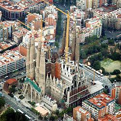 Sagrada Família, Barcelona, familia, holy family church, Antoni Gaudí, european tourist destination,