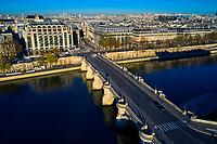 France, Paris (75), zone classée Patrimoine Mondial de l'UNESCO, le pont Neuf et la Samaritane // France, Paris (75), area listed as World Heritage by UNESCO, the Pont Neuf and the Samaritaine