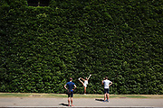 Tourists pass the famous ivy wall at Horse Guards Parade stopping for a photo opportunity in London, England, United Kingdom. (photo by Mike Kemp/In Pictures via Getty Images)