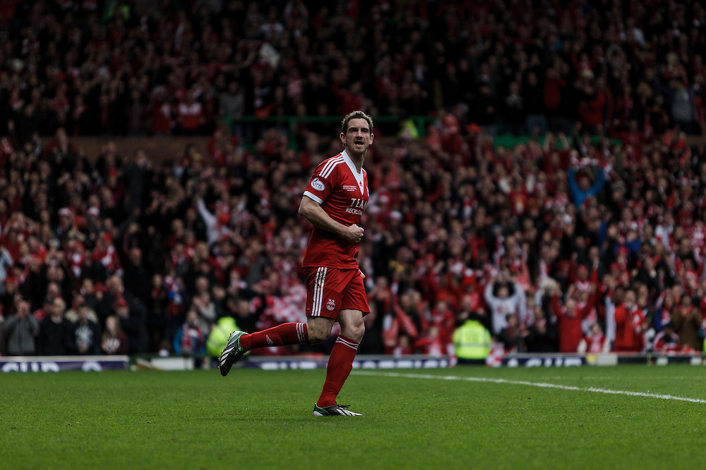Scottish League Cup Final Aberdeen V Inverness CT at Parkhead on Sunday, 16th of March 2014, Aberdeen Scotland.<br /> Pictured: Scott Vernon, celebrates his spot kick<br /> (Photo Ross Johnston/Newsline Scotland)